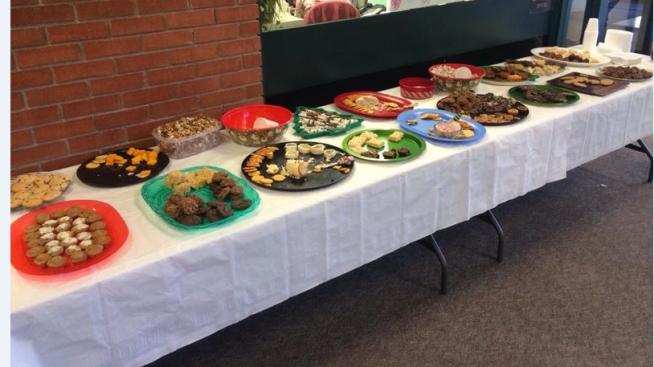 Finals Food Table (002)-Allen CC.PNG